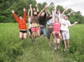 teens jumping kallah 2013