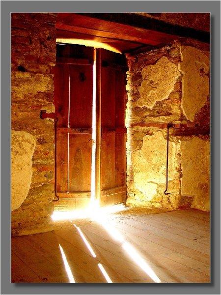 light-shining-through-cracks-in-door